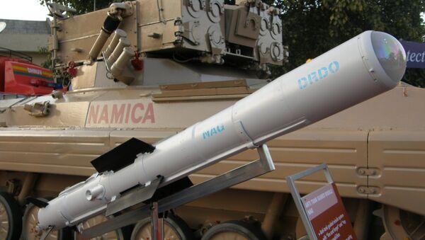 Nag missile and the Nag missile Carrier Vehicle (NAMICA), taken during DEFEXPO-2008, in Pragati Maidan, New Delhi. (File) - Sputnik Việt Nam