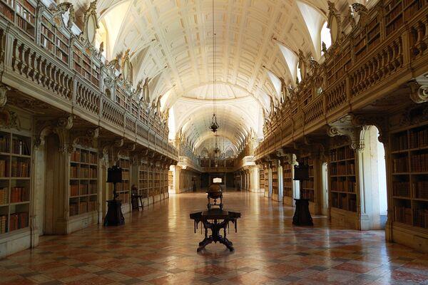 Thư viện Cung điện Mafra ở Bồ Đào Nha - Sputnik Việt Nam