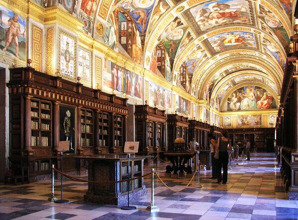 Thư viện Hoàng gia El Escorial ở Tây Ban Nha - Sputnik Việt Nam