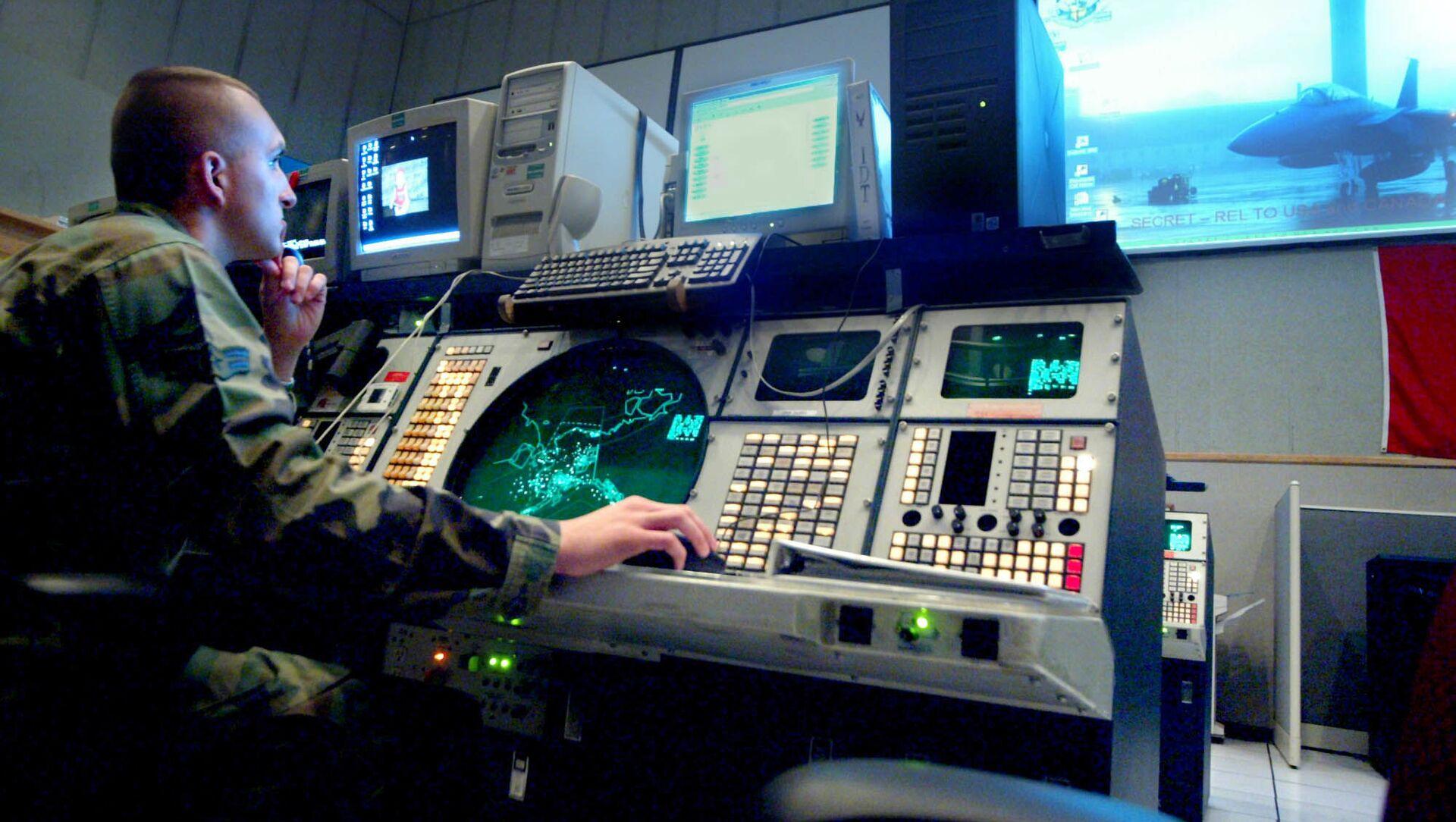 Bộ Tư lệnh hỗn hợp hàng không vũ trụ Bắc Mỹ (NORAD) ở Alaska - Sputnik Việt Nam, 1920, 16.06.2021