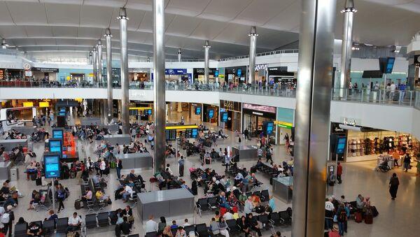Sân bay Heathrow, Anh - Sputnik Việt Nam
