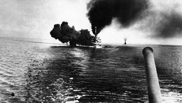 Thiết giáp hạm Schleswig-Holstein trong trận chiến - Sputnik Việt Nam