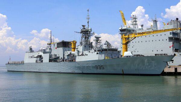Tàu Khu trục Calgary cập cảng Tiên Sa bắt đầu chuyến thăm thành phố Đà Nẵng - Sputnik Việt Nam