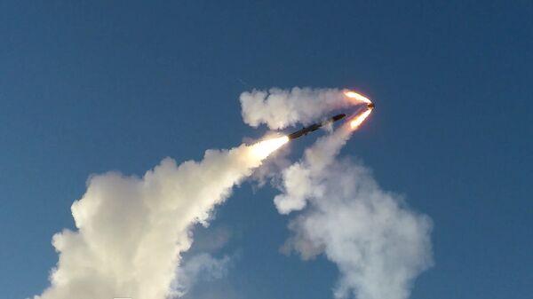 Đăng tải video về vụ phóng tên lửa siêu thanh từ tổ hợp Bastion ở Bắc Cực - Sputnik Việt Nam