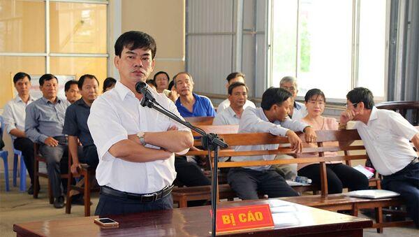 Ông Trần Tuấn Kiệt tại tòa - Sputnik Việt Nam