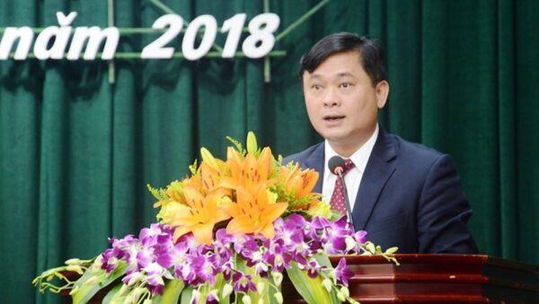 Ông Thái Thanh Quý phát biểu trước HDDND sau khi được tín nhiệm bầu giữ chức Chủ tịch UBND tỉnh Nghệ An - Sputnik Việt Nam