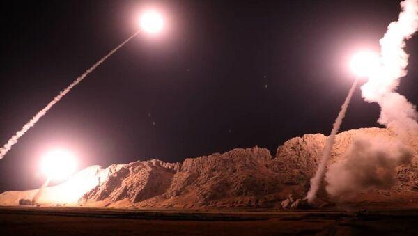 Iran đã tấn công tên lửa vào những kẻ tổ chức vụ tấn công khủng bố ở Ahvaz - Sputnik Việt Nam