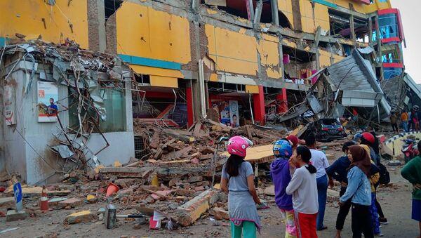 Hậu quả của trận động đất và sóng thần ở Indonesia - Sputnik Việt Nam