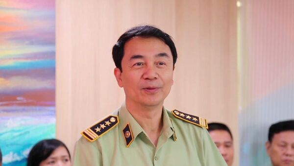 Ông Trần Hùng, Phó Cục trưởng cục Quản lý thị trường - Sputnik Việt Nam