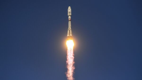 Phóng tên lửa đẩy  Soyuz-2.1b  - Sputnik Việt Nam