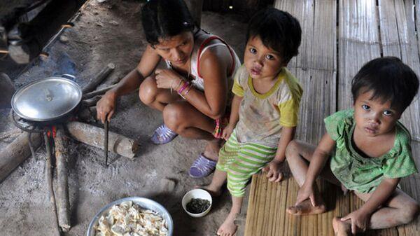 Trẻ em nghèo Việt Nam - Sputnik Việt Nam
