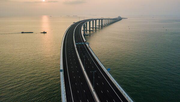 Cây cầu nối liền Hong Kong, Macau với Trung Quốc - Sputnik Việt Nam