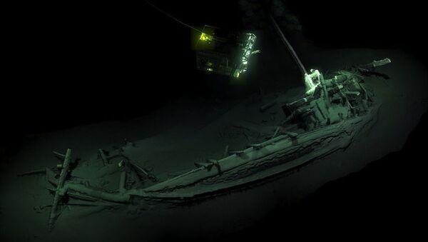 Корабль, найденный на дне Черного моря спустя 2400 лет после крушения - Sputnik Việt Nam