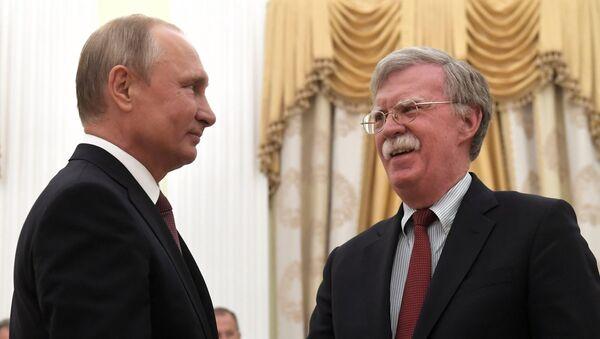 Президент РФ В. Путин встретился с советником президента США по вопросам нацбезопасности Д. Болтоном - Sputnik Việt Nam