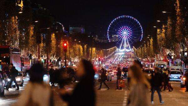 Đại lộ Champs Elysees ở Paris - Sputnik Việt Nam