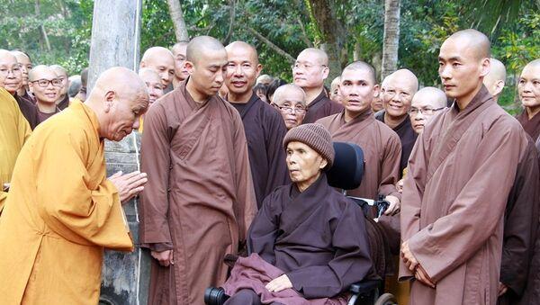 Thiền sư Thích Nhất Hạnh - Sputnik Việt Nam