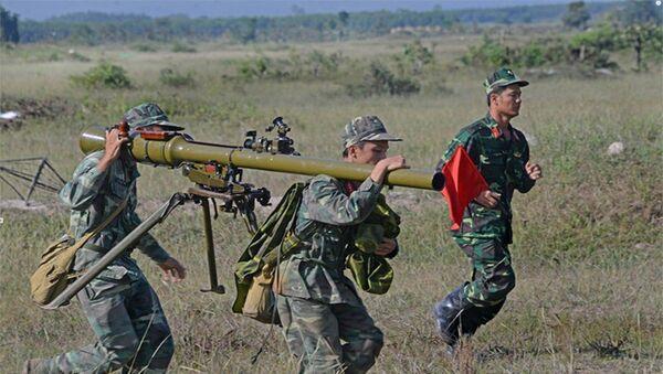 Cơ động chiếm lĩnh trận địa - Sputnik Việt Nam