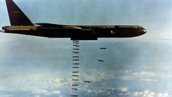 Ném bom trong Chiến tranh Việt Nam - Sputnik Việt Nam