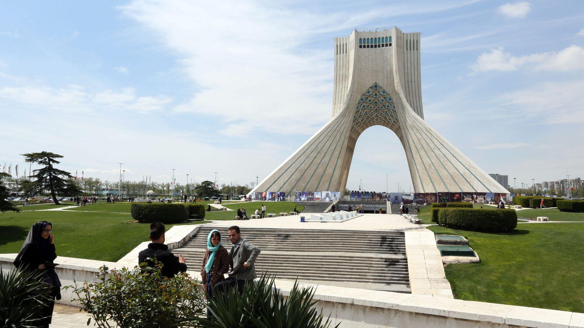 Quảng trường Tự do ở Tehran - Sputnik Việt Nam, 1920, 10.09.2021