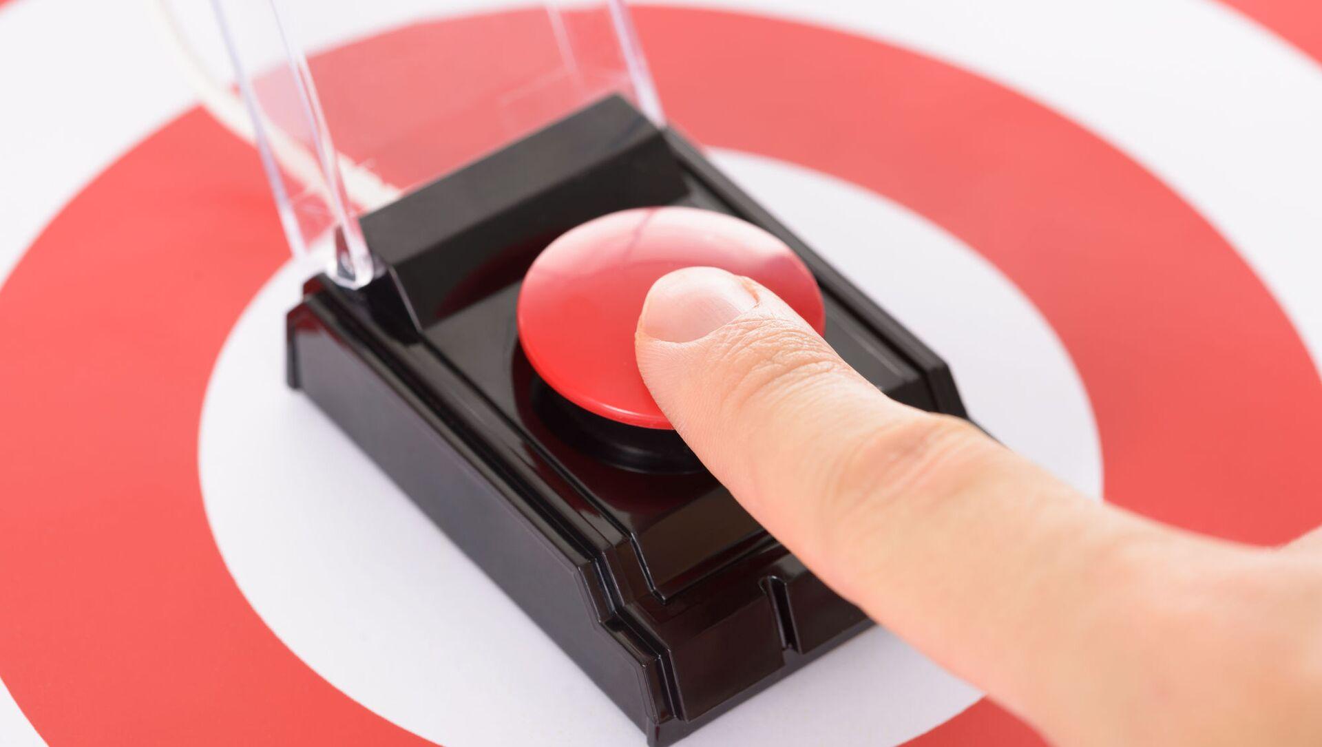 Палец на красной кнопке - Sputnik Việt Nam, 1920, 26.09.2021