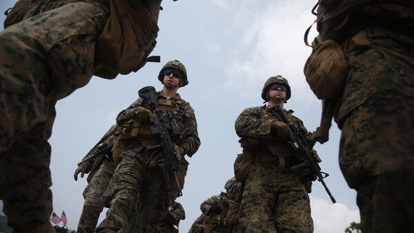 Thủy quân lục chiến Hoa Kỳ tham gia vào một cuộc tập trận liên quân sự Cobra Gold Mỹ-Thái đang diễn ra trên bãi biển Hat Yao ở tỉnh Chonburi, miền đông Thái Lan, Thứ Bảy, ngày 17 tháng 2 năm 2018. - Sputnik Việt Nam