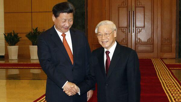 Chủ tịch Trung Quốc Tập Cận Bình và Chủ tịch nước, Tổng Bí thư Đảng Cộng sản Việt Nam Nguyễn Phú Trọng tại cuộc họp tại Hà Nội - Sputnik Việt Nam
