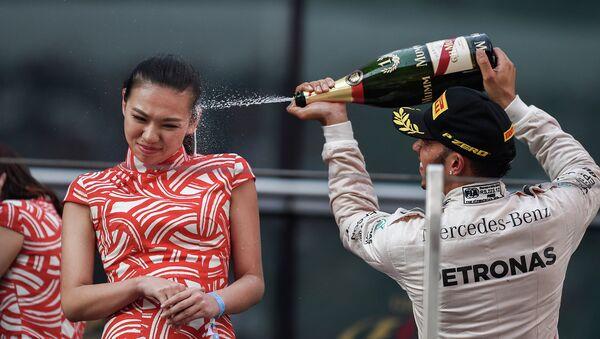 Lewis Hamilton - Sputnik Việt Nam