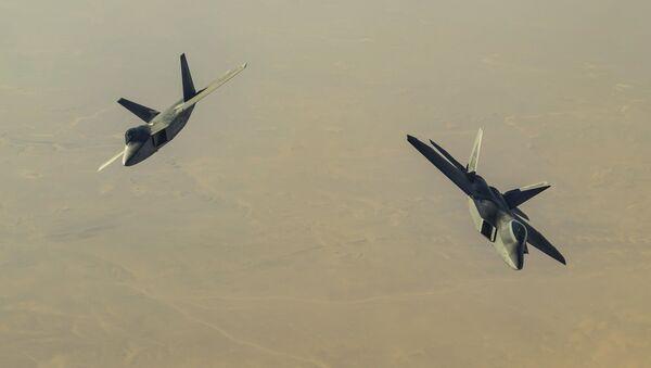 F-22 Raptor сủa Mỹ - Sputnik Việt Nam