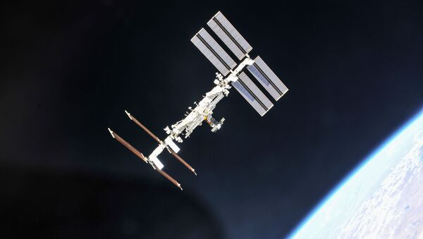 """Cảnh trên ISS nhìn từ tàu """"Soyuz"""" - Sputnik Việt Nam"""