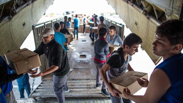 Сhở hàng viện trợ nhân đạo cho Syria - Sputnik Việt Nam
