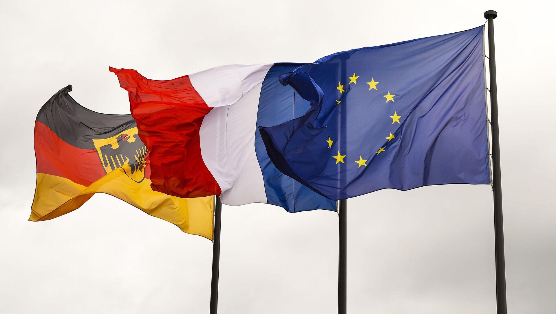 Флаги Германии, Франции и Евросоюза - Sputnik Việt Nam, 1920, 20.09.2021