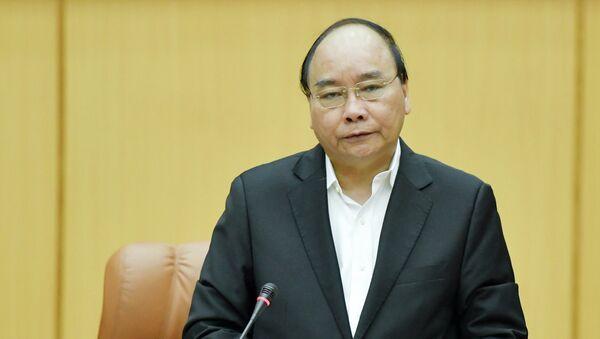 Thủ tướng Nguyễn Xuân Phúc làm việc với Bộ Quốc phòng - Sputnik Việt Nam