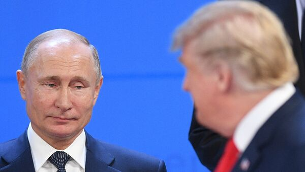 Russian President Vladimir Putin and US President Donald Trump before a photo op of the G20 heads, November 30, 2018. - Sputnik Việt Nam