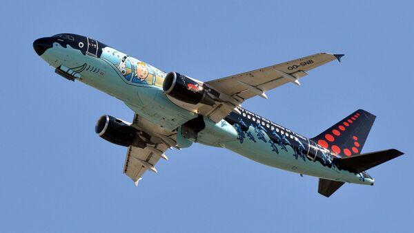 Máy bay Airbus A320-214 của hãng hàng không Brussels Airlines - Sputnik Việt Nam