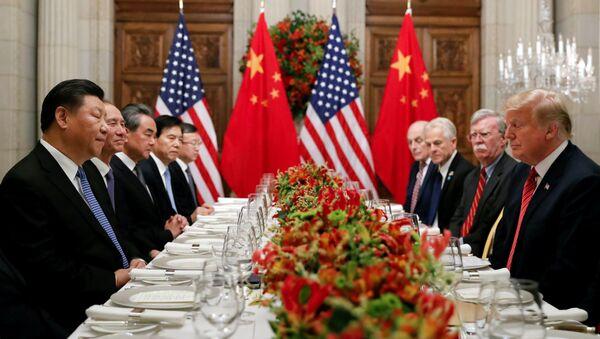 Chủ tịch Trung Quốc Tập Cận Bình với Tổng thống Mỹ Donald Trump - Sputnik Việt Nam