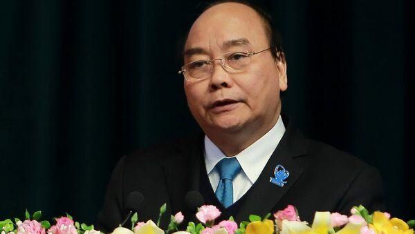 Thủ tướng Nguyễn Xuân Phúc phát biểu tại đại hội - Sputnik Việt Nam