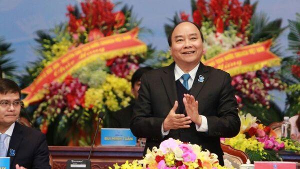 Thủ tướng Chính phủ Nguyễn Xuân Phúc tại Đại hội đại biểu toàn quốc Hội Sinh viên Việt Nam lần thứ X ngày 10-12 - - Sputnik Việt Nam