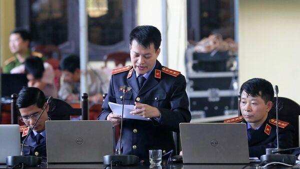 Đại diện Viện kiểm sát nhân dân tỉnh Phú Thọ đọc bản luận tội. - Sputnik Việt Nam
