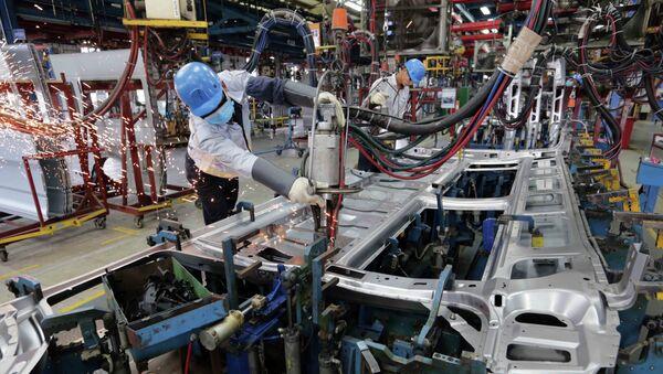 Xưởng hàn khung xe ô tô tại Công ty TNHH Ford Việt Nam, tỉnh Hải Dương. - Sputnik Việt Nam