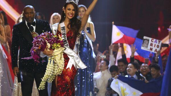 Người chiến thắng trong cuộc thi Hoa hậu Hoàn vũ 2018 Catriona Gray - Sputnik Việt Nam