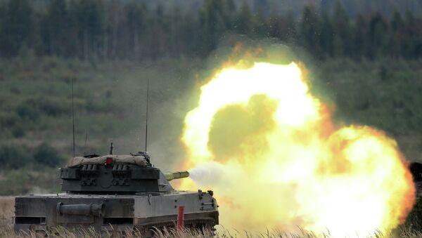 Đợt bắn của pháo chống tăng tự hành Sprut-SDM1 tại Diễn đàn kỹ thuật quân sự quốc tế Quaân đội-2016. - Sputnik Việt Nam
