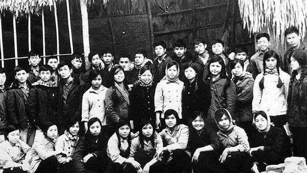 Học sinh miền Nam năm 1954 - Sputnik Việt Nam