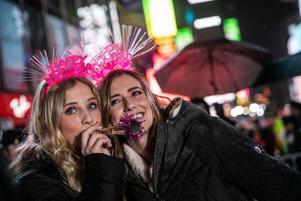 Cư dân New York trong lễ hội Năm Mới - Sputnik Việt Nam