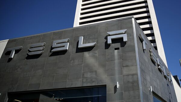 Trung tâm dịch vụ Tesla ở Los Angeles - Sputnik Việt Nam