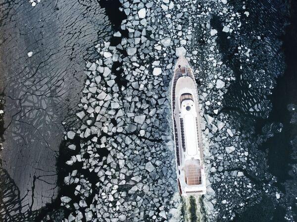 Đi thuyền dạo chơi trên sông Moskva - Sputnik Việt Nam