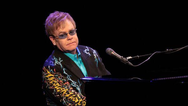 Elton John  - Sputnik Việt Nam