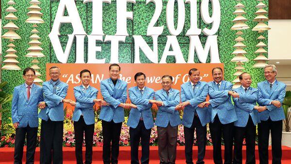 Các bộ trưởng, trưởng đoàn tham dự Diễn đàn Du lịch ASEAN 2019.  - Sputnik Việt Nam