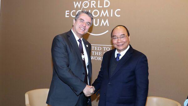 Thủ tướng Nguyễn Xuân Phúc hội kiến Tổng Giám đốc WTO Roberto Azevêdo - Sputnik Việt Nam