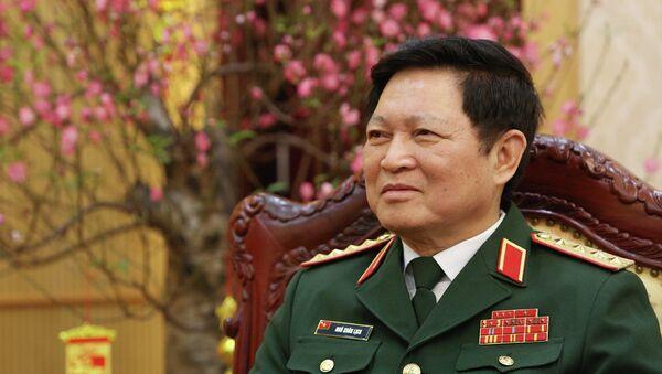 Đại tướng Ngô Xuân Lịch trả lời phỏng vấn của phóng viên Thông tấn xã Việt Nam. - Sputnik Việt Nam