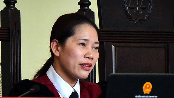 Nữ chủ tọa Nguyễn Thị Thùy Hương - Sputnik Việt Nam